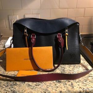 Louis Vuitton Tuileries Epi Handbag